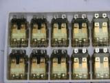 前帮机配件、继电器、黑底、白底