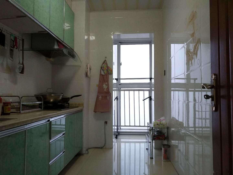 珠江路 高档社区 海湾新城 套二 海景房 舒适装修 拎包中南海湾新城