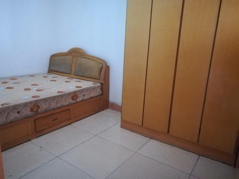 嘉润路南岳首座旁 2室 1厅 80平米 整租