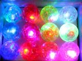 超炫彩带弹跳球 6.5cm跳跳球七彩水晶弹力球 发光类玩具批发