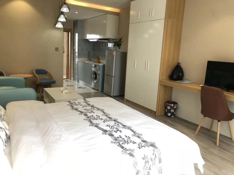 精装修1室朝向朝南 环境优美 欢迎你的入住!潮王公寓