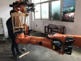 广东供应库卡机器人木工雕刻 木材雕刻机,机器人3D雕刻