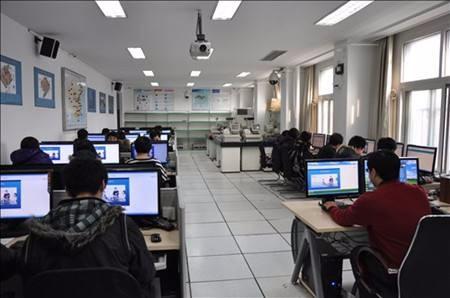 电子商务专业是干嘛的,什么学校可以读