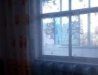 兰花大酒店 三零厂小区 2室1厅 70平米 简单装修 年付