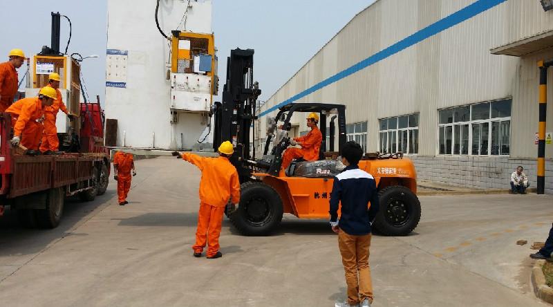 武汉专业起重搬家,设备搬迁,首选武汉雄起有限公司