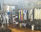 生意转让 红梅小学附近营业中服装店出兑转让