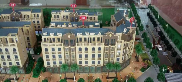 全新天地楼:风景线上的锦绣家园