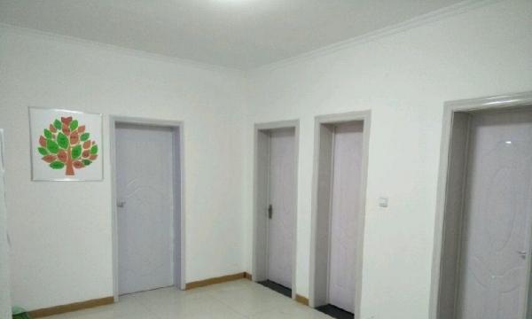 天伦小区 3室2厅1卫