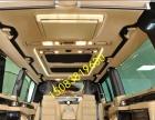 江西中巴车改装家装木地板,办公桌,改装吸顶电视