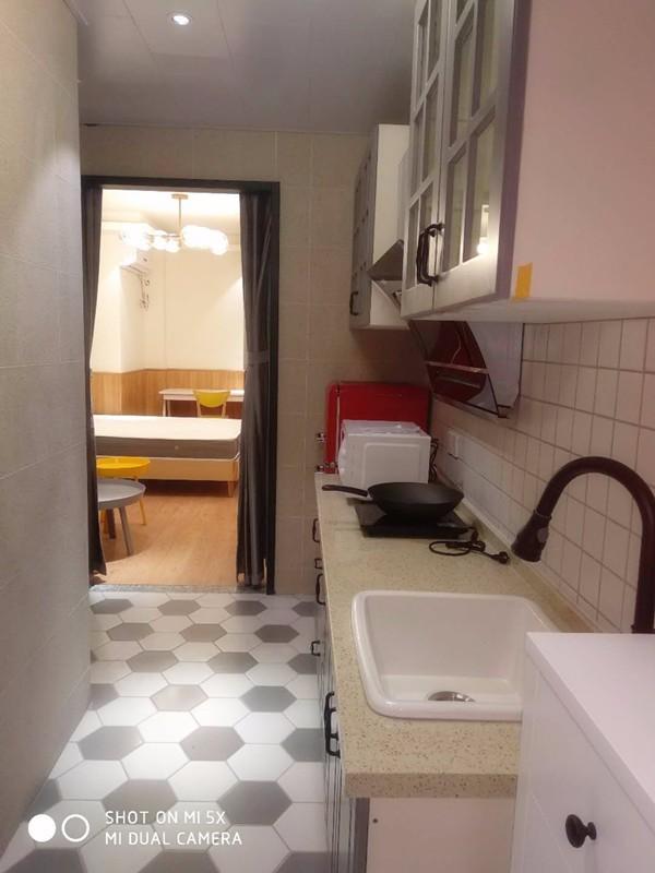 下沙 四季广场 1室 1厅 45平米 整租