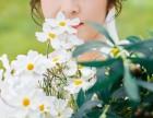 南阳婚纱照新娘的手捧花应该怎么样选择呢?