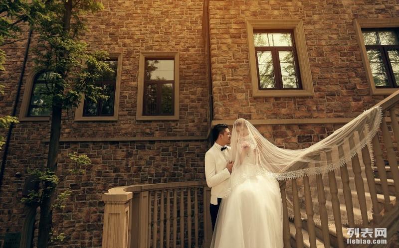紫色国际婚纱_紫色婚纱