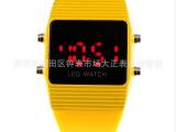 2014新款卡通塑胶硅胶表带LED手表电子表男士运动女士儿童果冻