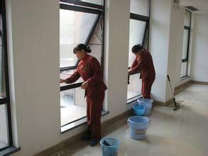 石家庄家政 家庭保洁 擦油烟机 换窗纱 专业擦玻璃