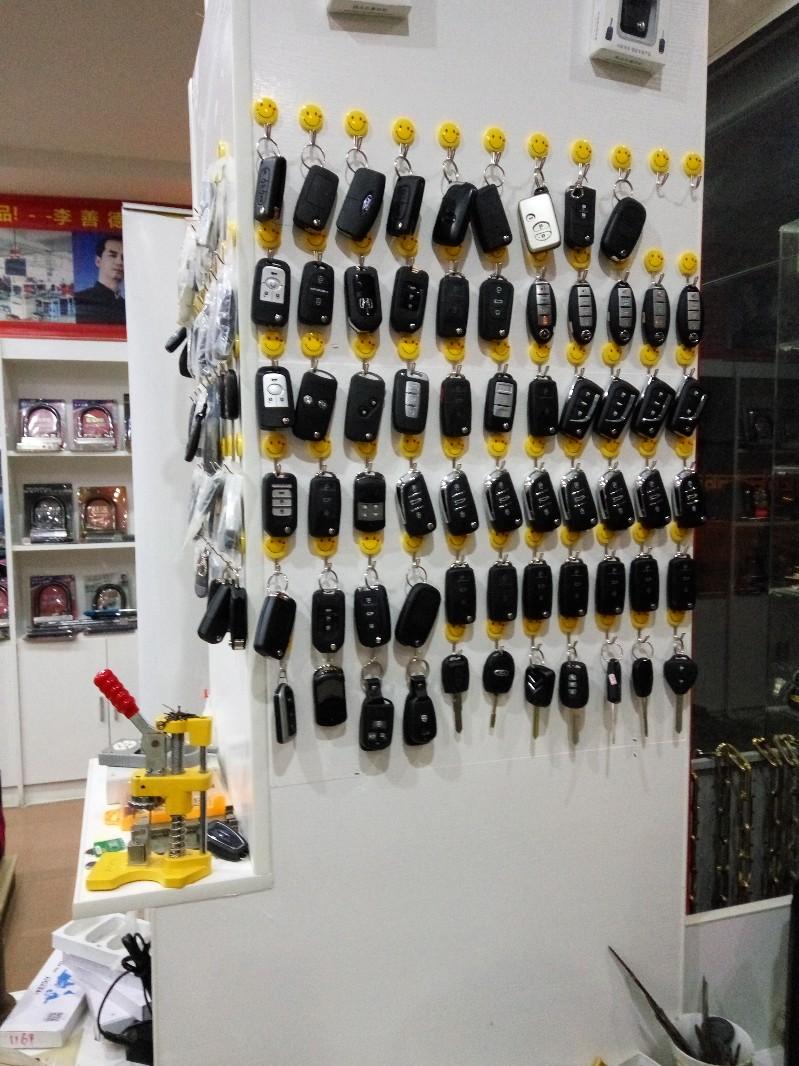 罗田开锁电话,罗田汽车遥控器匹配,锁芯升级