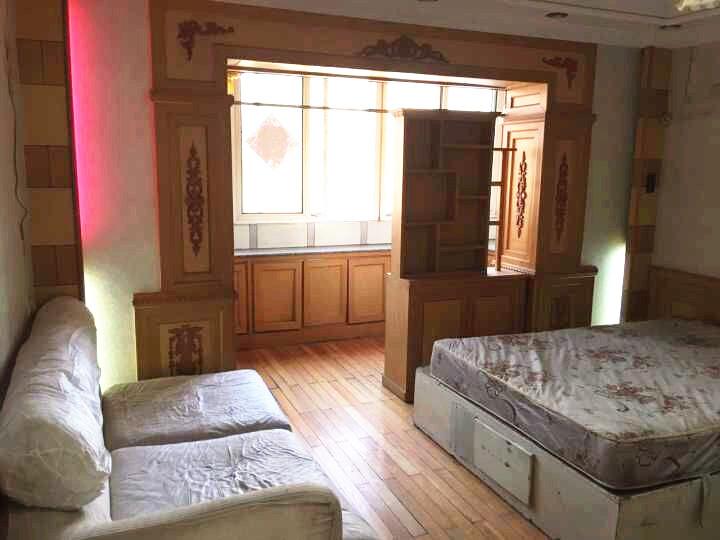 马栏农贸市场 精装合租房 干净家电全 可短租月付 随时看房