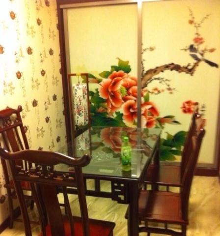 全新实木餐桌椅