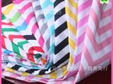V形臂章雪佛龙涤纶混纺面料 七色彩虹波浪纹涤棉布料 桌布面料