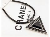 新款韩国黑宝石皮绳项链 女款朋克夸张铆钉三角形项链粗项链配饰