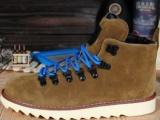 现货供应高帮铆钉工装皮鞋 时尚男靴马丁靴