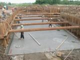 驻马店钢板桩施工,驻马店租赁拉森桩打拔支护围堰,钢板桩租赁