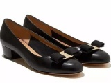 揭秘下广州鞋微信号,代理拿货多少钱