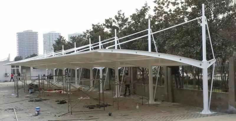 国产带钢印膜材南京大量供应普陀膜结构体育场遮阳棚批发