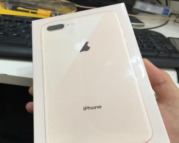 【搞定了!】全新苹果8p,未拆封,64g,金色