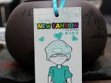 2014新款公版卡通男童吊牌标签 现货时尚童装商标 挂牌订做生产
