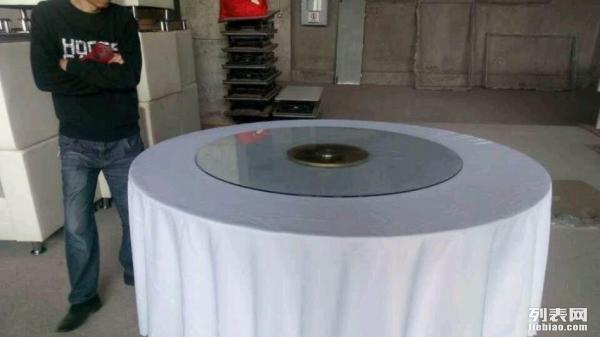 重庆宴会椅条桌圆桌玻璃桌注水旗杆A字板演讲台租赁