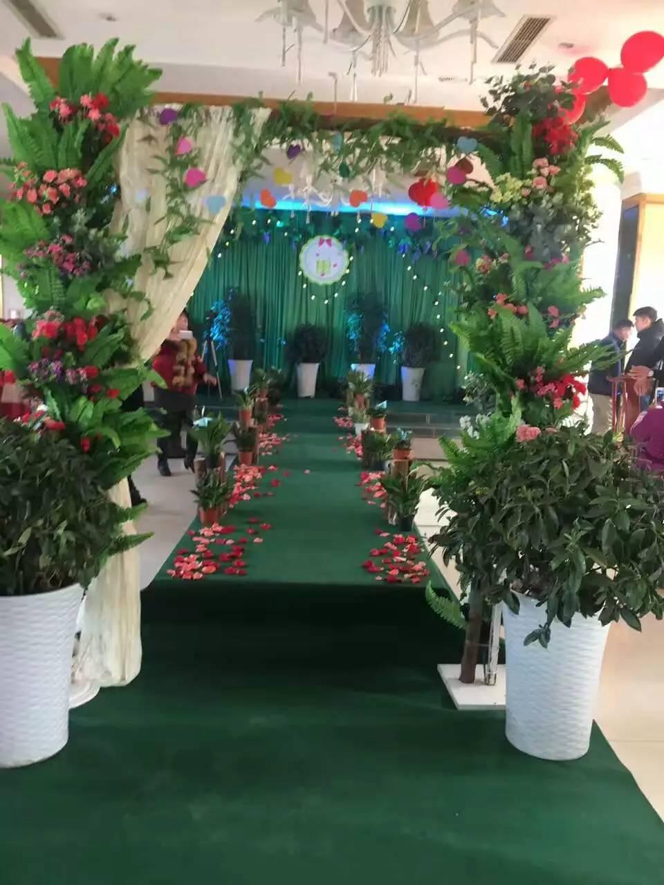 三台婚庆简洁森林系布置