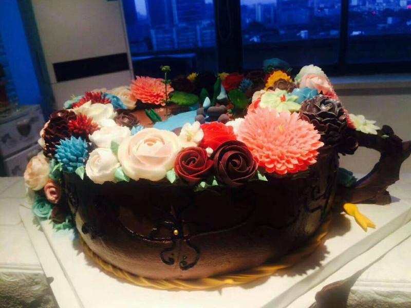 想亲手做一款蛋糕甜品吗想体会烘焙快乐的制作过程吗