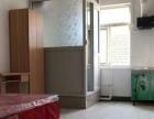 建设路与白马巷子129 5室1厅2卫 男女不限