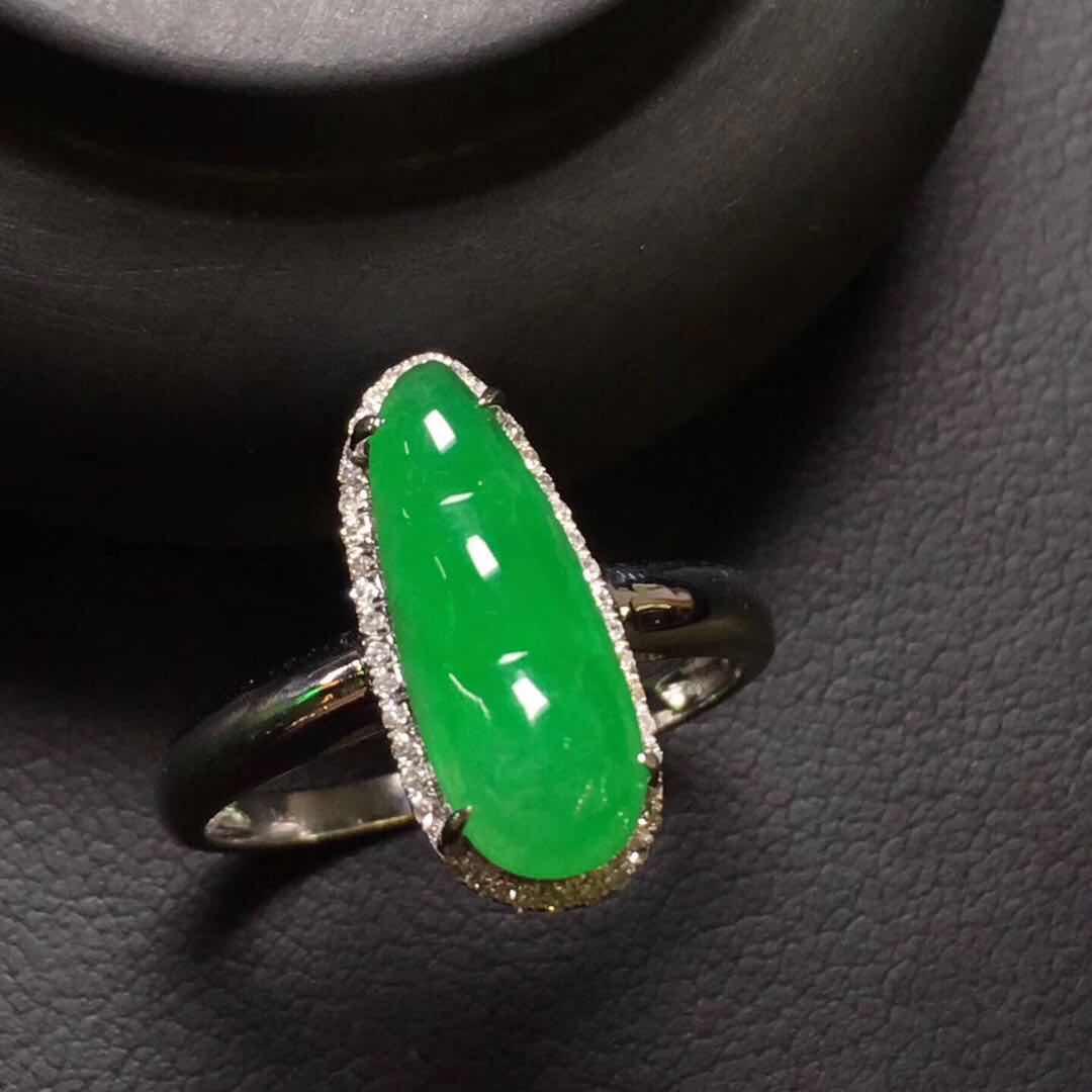 翡翠加工|品质可靠的18k镶钻镶嵌翡翠戒指知名厂家直销供应