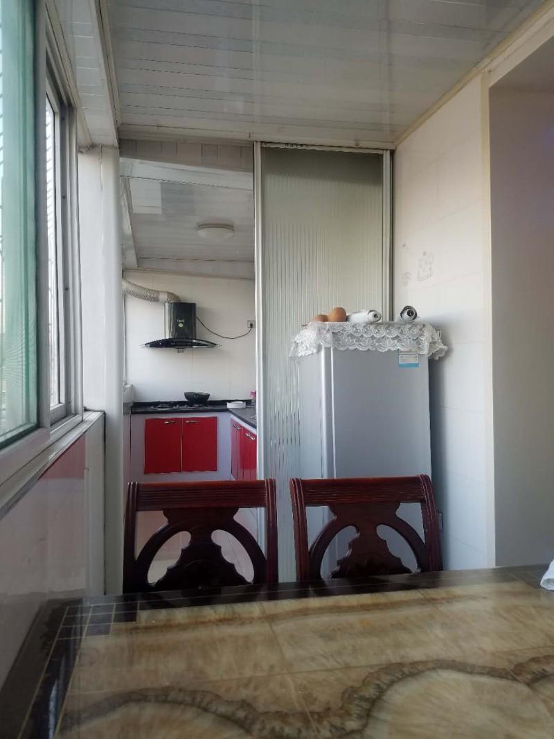 建设南路 白云小区 2室 2厅 97平米 整租