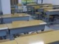 9成新 学生课桌椅转让(双人桌,带靠背椅子)