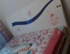 个人转让实木大床1.8米x2米送新床垫