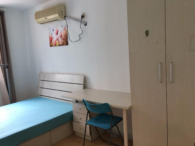 回龙观 和谐家园 4室 1厅 18平米 整租