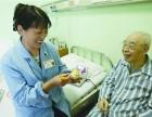 专业从事老人护理十年的石姐尤其擅长护理重症病人