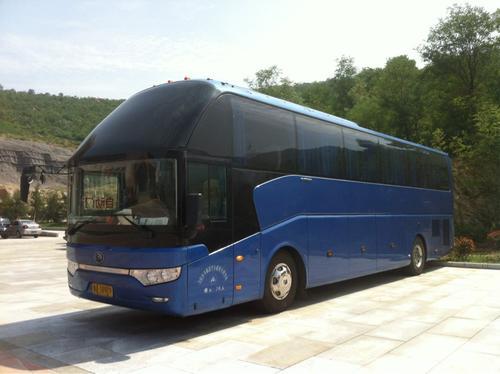 胶州到广元的长途大巴车