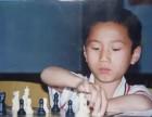 因为棋改变了他一生,一个优秀老师的童年如此励志.