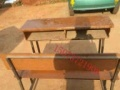 学院升级,95成新双人钢木结构双人课桌