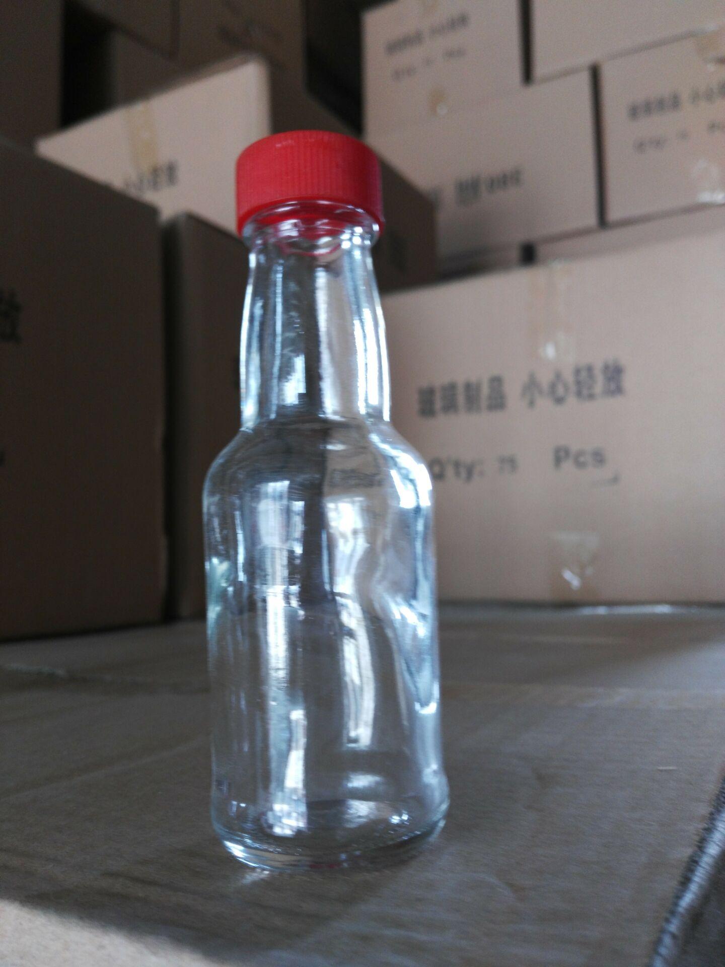 价格超值的小酒瓶推荐 倾销小酒瓶小啤酒瓶饮料瓶玻璃酒瓶