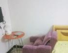 单身公寓,房东直租,一房一厅,二房一厅。光线好
