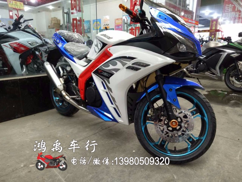 成都摩托车0首付分期购 炫酷跑车 时尚踏板 暴力越野等!