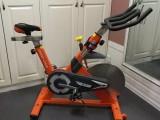 進口大品牌家用動感單車B5專業靜音家用室內健身車