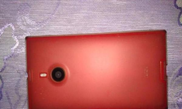 出售诺基亚1520大屏6寸windos10系统手机