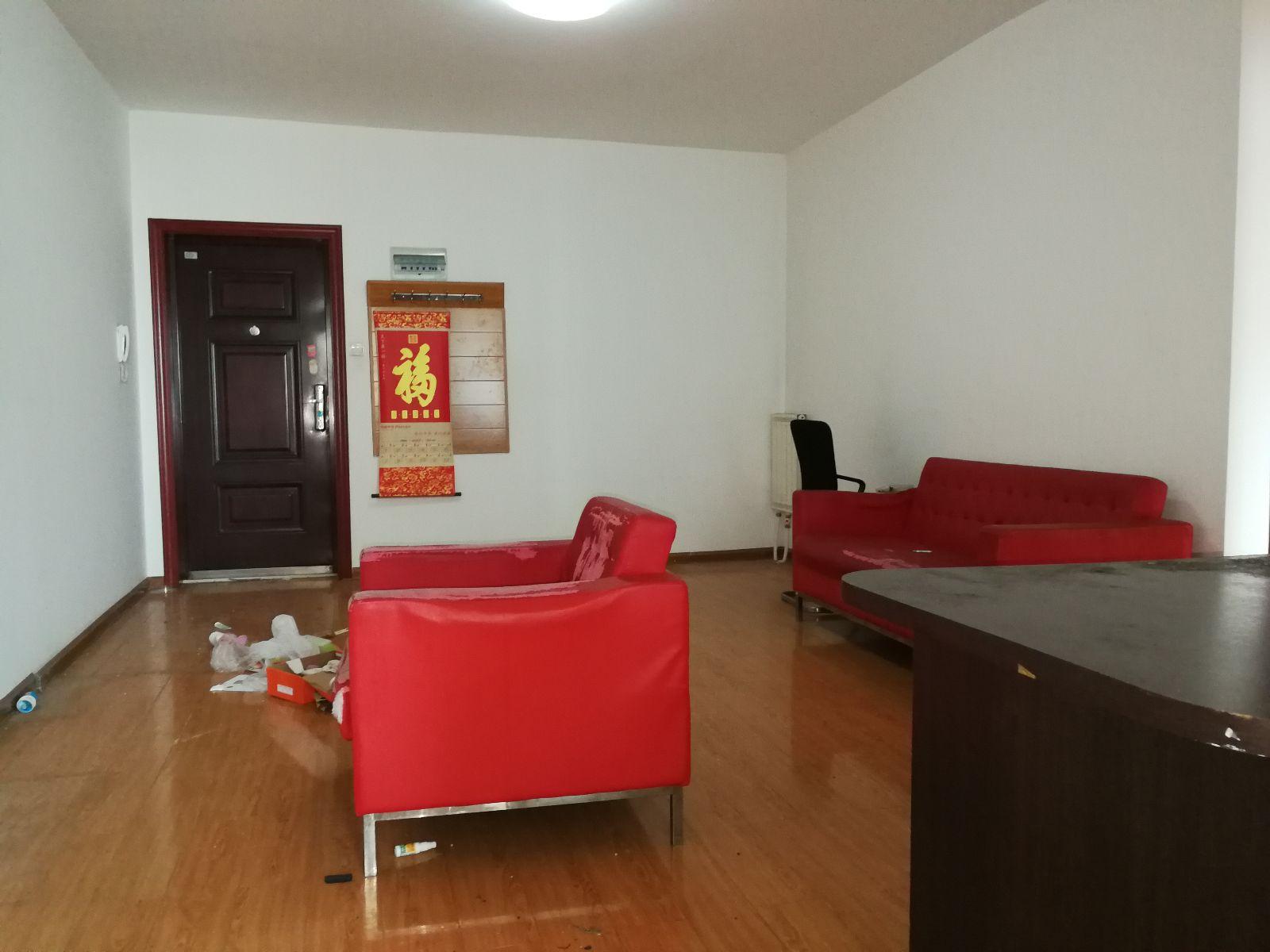 宝枫佳苑2居室精装修 朝南 不临街 低价出租 随时看房