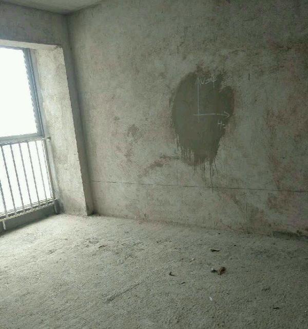 西山小区 3室2厅1卫