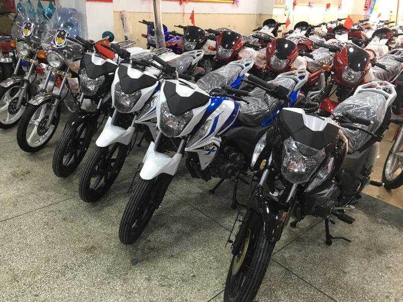 花都区客户购摩托车找我吧全新二手车都有 支持分期付款